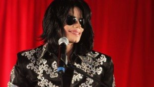 Lawyer's Email Disparages Michael!
