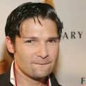 Corey Feldman Sings 'Billie Jean'