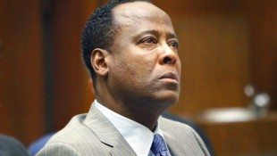 Conrad Murray Fails To Get His Medical License Back