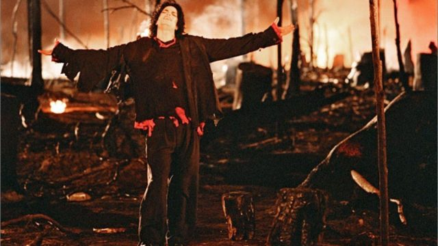 Earth-Song-3-michael-jackson-11681381-998-773