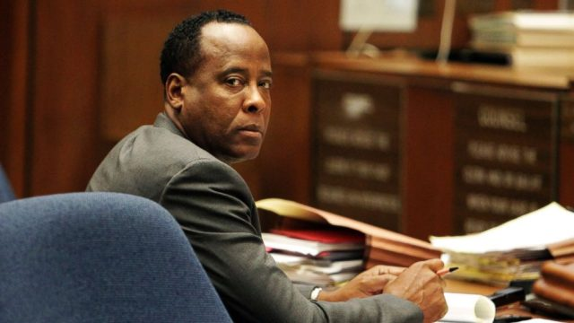 GTY_conrad_murray_2_nt_111205_16x9_992