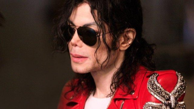 Michael-Jackson-This-Is-It-38939606625