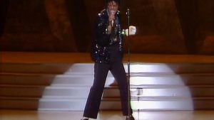 MichaelJackson-BillieJeanLiveAtM-4
