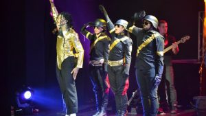 PHOTO-MJ-Dantanio-and-Soldiers-Hands-Up-Look-Forward-DSC_1951-1024x682
