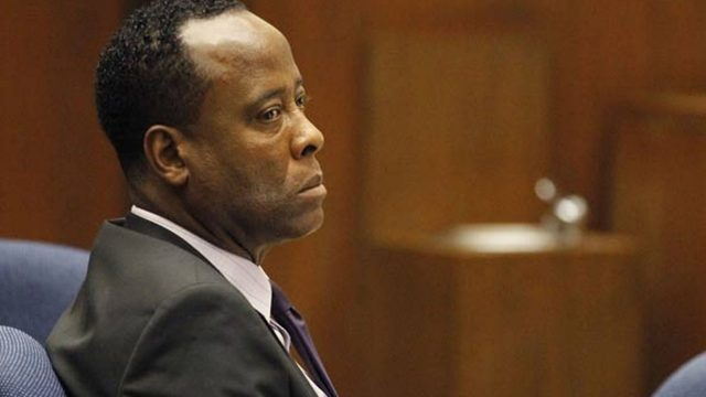 dr-conrad-murray-sits-in-court-pic-afp-575610819