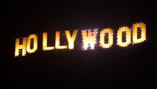 'Thrill The World' In Hollywood