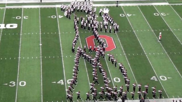 ohio-state-university-marching-band-did-an-amazing-tribute-to-michael-jackson-this-weekend