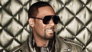 R Kelly Shares His Memories Of Michael