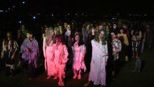 Ventura Dances 'Thriller' For Charity