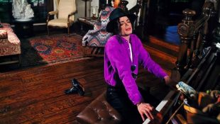 Michael Art Items Up For Auction