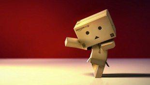 Danbo Cardboard Box Dances To Michael Jackson