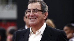 Kenny Ortega Returns To Stand