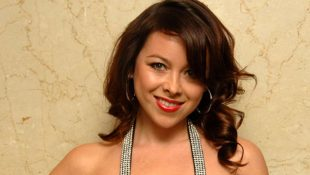 Lisa Scott Lee Convinces Michael To Be A Fan