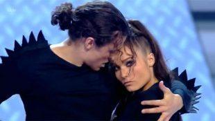 Jonny Labey Performs 'Scream'