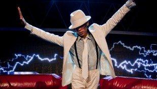 'Thriller Live' – Dress Up As Michael